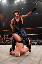 Sting puts Mr Anderson in the Scorpion Death Lock